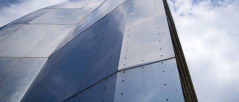 Construir con Estructuras Metálicas VS Concreto - Ventajas e inconvenientes