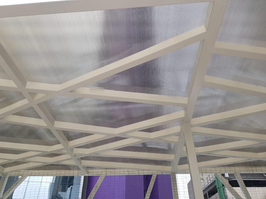 detalle de techo o cubierta metalica Cermex